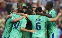 Kings of Spain: Barca make it three in a row