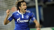 Real, Schalke ease through @ ESPN Soccernet
